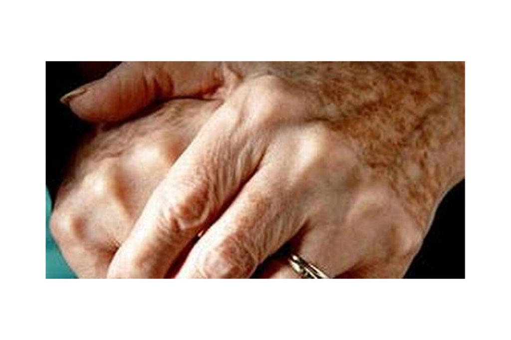 Yaşlı Kadın(lar)a Karşı Her Türlü İhmal ve Şiddete Son
