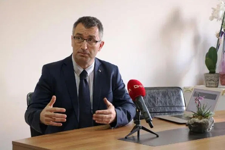 Prof. Dr. Karabay: Rahatlamayalım, tedbirlerimizden asla ödün vermeyelim