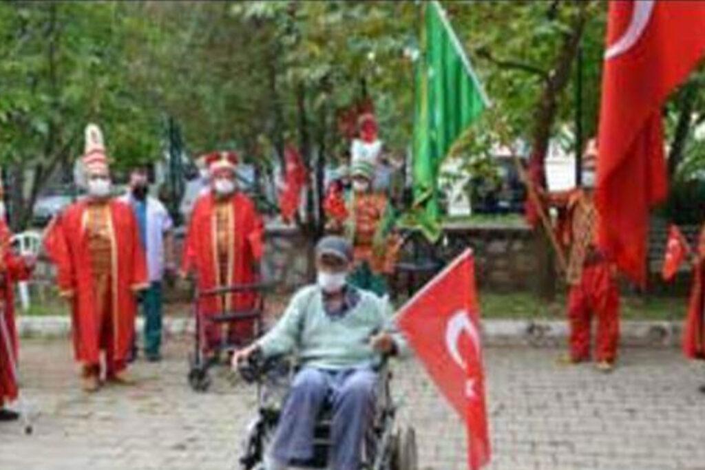 Huzurevi Mehter Takımı İlk Gösterisini Yaptı