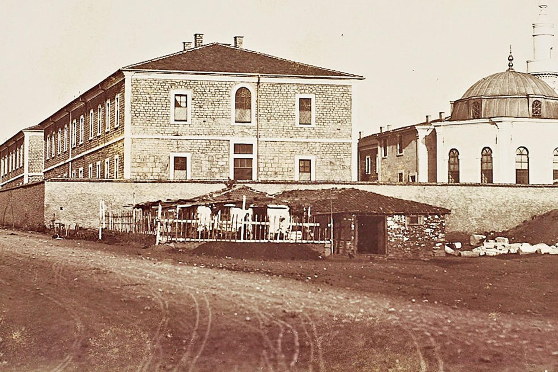Türk İslam Tarih'inde bir ilk olan Darülaceze ilk olarak Şişli'de kuruldu